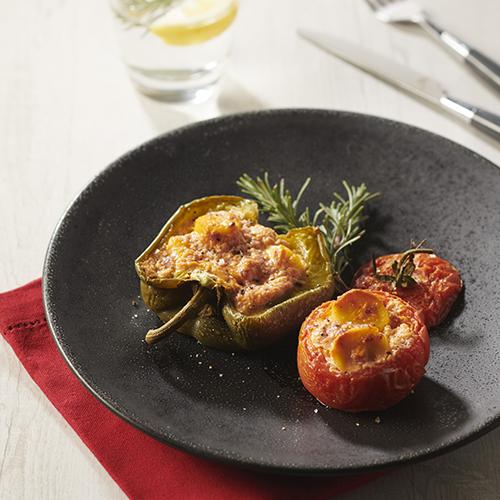 Tomates et poivrons farcis aux quenelles
